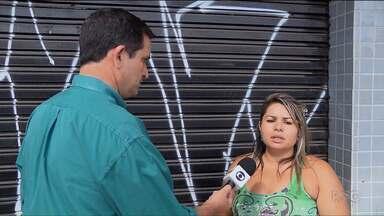 Prefeitura promete entregar antes do prazo obra em importante avenida de Curitiba - Moradores e comerciantes reclamam dos transtornos causados pela obra.