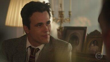 Vicente conta para Conselheiro e Olímpia que Inácio está vivo e casado - Mas explica que Maria Vitória mantém o desejo de continuar com ele
