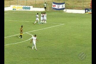 Águia de Marabá vence o Castanhal no Rosenão. Veja o gol: - Águia de Marabá vence o Castanhal no Rosenão. Veja o gol: