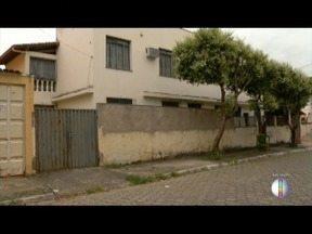 Jovem com passagem por tráfico é morto dentro de casa em Valadares - No Bairro São Cristóvão, um homem também foi morto nesse domingo.