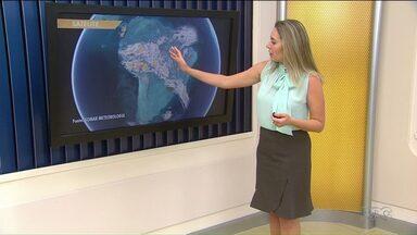 Terça-feira será de tempo variado em Ponta Grossa - Vai chover, mas também vai ter sol e calor.