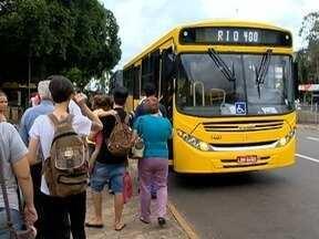 Usuários opinam sobre mudanças nos horários e itinerários de ônibus - Alterações nas linhas do transporte coletivo foram realizadas em Presidente Prudente.