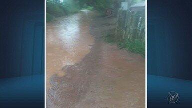 Condição das estradas de terra em Pedralva atrapalha rotina de moradores - Condição das estradas de terra em Pedralva atrapalha rotina de moradores