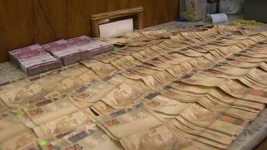 Operação Fantoche contra compra ilegal de vale-refeição e vale-transporte - Escritório funcionava no centro do Rio com ar condicionado, funcionários uniformizados e transações ilegais.