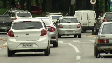 Número de veículos cresce 3,2% em Resende, RJ - Dados são do ano passado em relação a 2016. São 2.223 novos veículos a mais nas ruas.