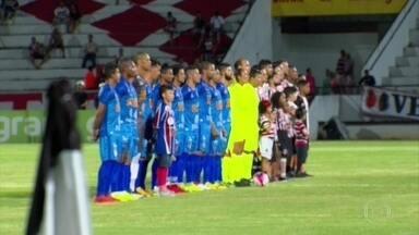 Santa Cruz empata com Vitória e segue sem vencer em 2018 - Santa Cruz empata com Vitória e segue sem vencer em 2018