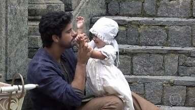 Bruno Cabrerizo mostra as gravações com a bebê que interpreta Mariana em 'Tempo de Amar' - Ator diz que adora trabalhar com crianças porque pensa em seus filhos