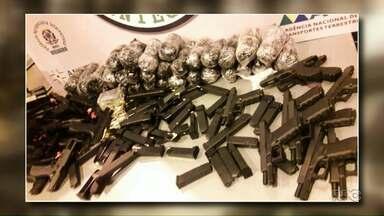 Paraguaio é preso por tráfico internacional de armas e munições - A abordagem foi na ponte da Amizade.