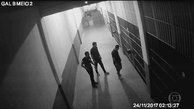 Imagens de suposta agressão a Garotinho na prisão têm falhas, diz MP - Perícia divulgada pelo MP diz que há indícios fortes de interferência humana na gravação. Peritos dizem que há 'interrupções atípicas'.