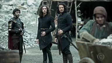 Cássio, Rodolfo e Afonso vão até a mina - O herdeiro diz que está orgulhoso do irmão