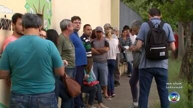 Vacinação contra a febre amarela continua em Sorocaba - A vacinação preventiva contra a febre amarela continua em Sorocaba (SP). O repórter Eduardo Rodrigues tem mais informações.