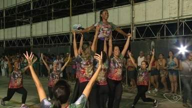 Piedade faz ensaio técnico para o carnaval de Vitória - Ensaio aconteceu nesta quinta-feira (25), no Sambão do Povo.