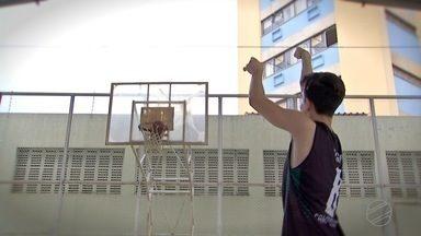 Atleta de Campo Grande se destaca e vai jogar basquete em Bauru - Atleta de Campo Grande se destaca e vai jogar basquete em Bauru