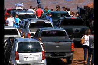 Argentinos movimentam comércio em Porto Mauá, RS - O movimento no fim de semana é maior na Região.