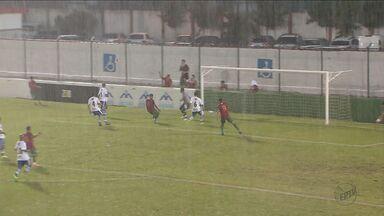 São Carlos perde para Portuguesa Santista e cai para 10ª posição na A3 - Próxima partida da equipe é no sábado (3), às 17h, no Luísão.