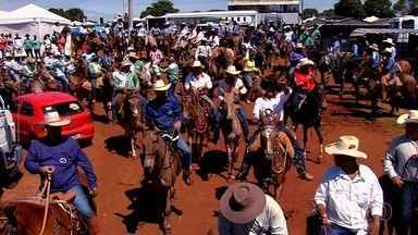 Iporá tem o maior encontro de muladeiros do país - Evento que reúne apreciadores de mulas tem se tornado uma tradição.
