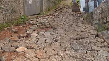 Pontos de Florianópolis afetados pela chuva começam a ser reformados - Pontos de Florianópolis afetados pela chuva começam a ser reformados