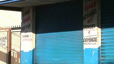 Dois homens morrem em troca de tiros com a polícia em Umuarama - Eles tentavam assaltar um bar quando o confronto começou.