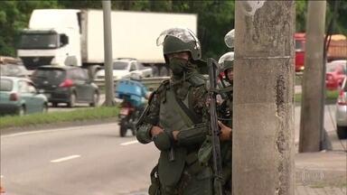 Forças Armadas e polícias fazem operação conjunta em favelas do Rio - Ações aconteceram no dia seguinte à morte de Emily e Jeremias, de 3 e 13 anos; ela, vítima de tentativa de assalto; ele, alvejado numa troca de tiros.