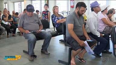 Acaba nesta sexta-feira o prazo para pedir isenção ou revisão da taxa de lixo em Curitiba - Desde quinta-feira a prefeitura e as regionais estão lotadas