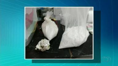 Doze pessoas são presas em operação que investiga o tráfico de drogas - Doze pessoas são presas em operação que investiga o tráfico de drogas