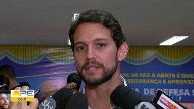 Pernambuco registra redução na violência durante o carnaval, afirma SDS - O número de agressões caiu em 35,19% se comparado com o mesmo período de 2017. O índice de roubos e furtos também diminuiu, em 19,8%. Homicídios caiu de 3 para 1 em 2018.