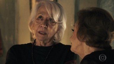 Mercedes afirma a Caetana que já sabia sobre Cleo trabalhar no bordel - Xodó leva Caetana até a casa da vidente