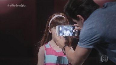 Vídeo emocionante mostra crianças passando por teste sobre câncer - Elas achavam que estavam participando de um teste para comercial, mas as perguntas faziam parte de um teste sobre prevenção do câncer.