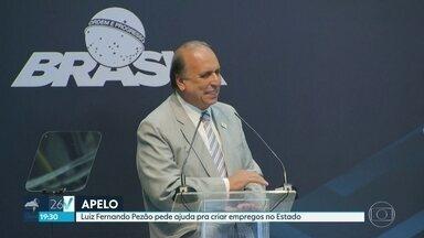 Pezão pede ajuda ao Governo Federal pra criar empregos no Estado - Governador do RJ fez o pedido em cerimônia no Complexo Naval de Itaguaí.