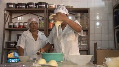 Doceiras produzem ovos de chocolate para ganhar dinheiro na Páscoa; veja dicas de vendas - A procura pelos materiais para fazer ovos está em alta.