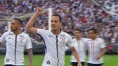 Corinthians vence o Palmeiras pelo Paulistão - Placar foi de 2 a 0.