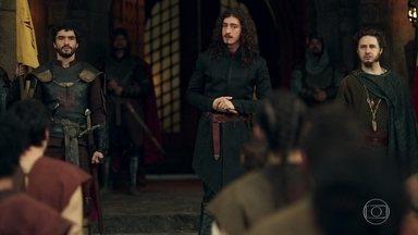 Rodolfo discursa para os soldados de Montemor - A ideia era encorajá-los para o torneio, mas esse não é o maior talento do rei