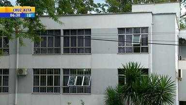 Hospital Dom Bosco de Santa Rosa é multado por falta de pagamento - Assista ao vídeo.