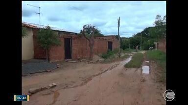 Infraestrutura dos bairros de Floriano preocupa moradores durante as chuvas - Infraestrutura dos bairros de Floriano preocupa moradores durante as chuvas