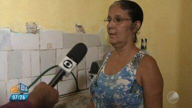 Moradora reclama de falta de água há 10 dias no bairro de Novo Horizonte - Confira a denúncia e envie sua reclamação no email jm@redebahia.com.br.