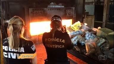 Anhanguera Notícias: Polícia destrói mais de 6 toneladas de drogas apreendidas em Goiás - As drogas são incineradas em uma indústria de Rio Verde.