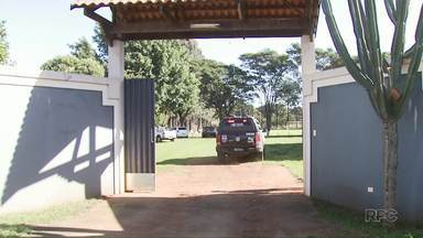 Começa julgamento do homem acusado de homicídio em chácara de Maringá - Alessandro Silva é acusado de esfaquear e matar Durval nascimento durante uma discussão em uma festa.