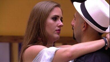 Patrícia dispara para Kaysar: 'Sentiu minha falta vendo a Paula dançar?' - Patrícia dispara para Kaysar: 'Sentiu minha falta vendo a Paula dançar?'