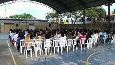 Estudantes participam de 'aulão' para o Enem no ES - Evento aconteceu neste sábado, durante o dia todo.