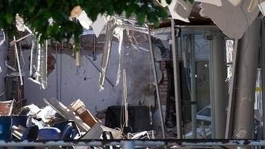 Bando armado ataca agência bancária em Santana do Cariri - Eles explodiram a agência e fizeram vários reféns.