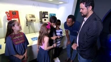 Hoje é dia de Telefone: Museu - Alexandre Henderson vai conhecer a história do telefone