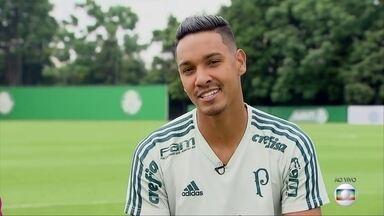 Conversamos com Antônio Carlos, zagueiro do Palmeiras, que marcou gol no clássico - Conversamos com Antônio Carlos, zagueiro do Palmeiras, que marcou gol no clássico