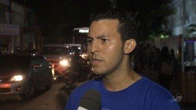 Universitários reclamam do transporte oferecido pela prefeitura de Horizonte - Saiba mais em g1.com.br/ce