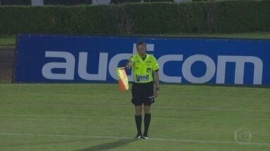 Árbitro que anulou gol legítimo do Uberlândia é afastado - Árbitro que anulou gol legítimo do Uberlândia é afastado
