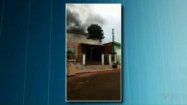 Incêndio no Jardim Dourado assusta moradores - Existe a suspeita de que o incêndio tenha sido criminoso.