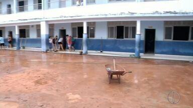 Em Itaocara, RJ, chove em 45 minutos o esperado para uma semana - Assista a seguir.