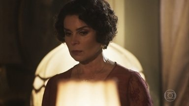 Emília pensa nas palavras que Lucinda lhe disse - Ela marca um encontro com Fernão, que comemora com Lucinda