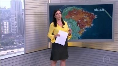 Previsão é de calor, com média de 32ºC, de norte a sul do país - Hote tem a combinação do verão: clor e pancadas de chuva em todas as regiões.