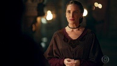 Lucíola leva recado mal-educado de Catarina para Rodolfo - Preocupado com as ameaças da princesa, o rei promete visitá-la em breve