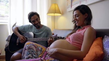 Daiana (Amora) E Carol A Força Da Maternidade